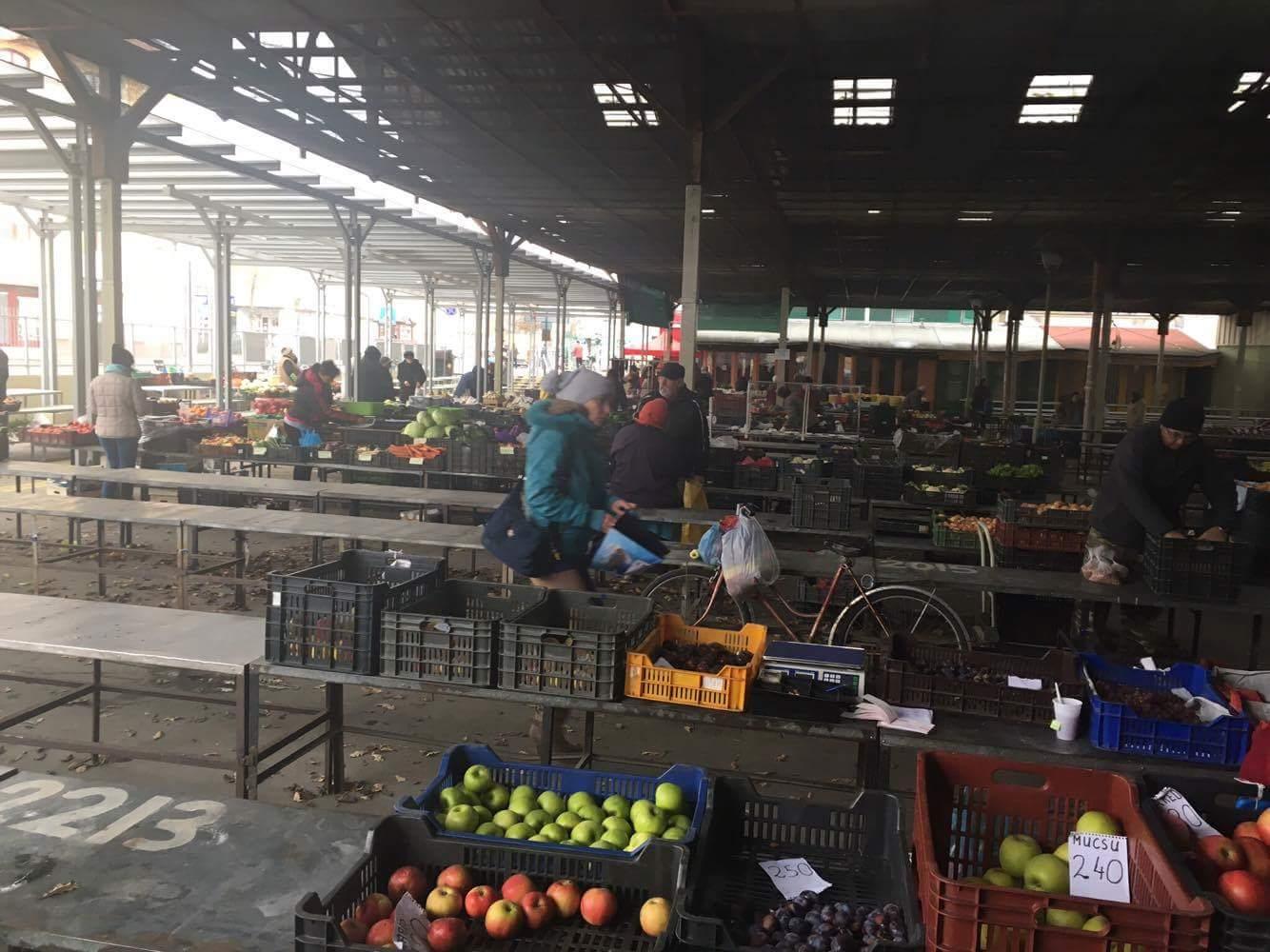 Élelmiszer és Virág Piac - Kalocsa