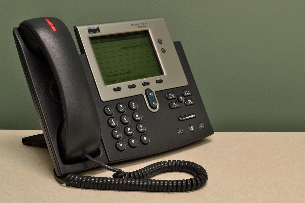 Hosszabb nyitvatartás a telefonos ügyfélszolgálatnál